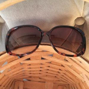 Accessories - Sunglasses Tortoiseshell Kenneth Cole Reaction